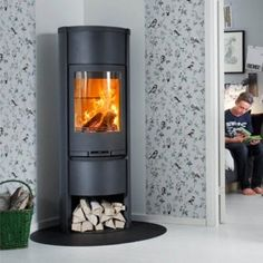 Contura 630 #KernowFires #stove #woodburner #cornwall #contemporary #modern #wadebridge #redruth #fireplaces #freestanding