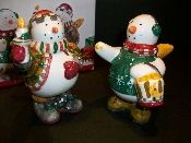 Debbie Mumm Snow Angel Village Shakers