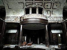 opuštěný palác, dříve škola pro mentálně postižené děti... / abandoned palace urbex (2013)