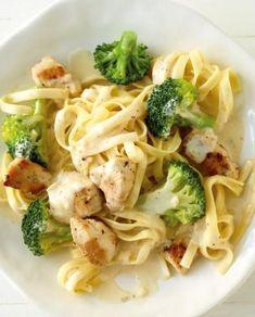 Chicken pasta with lemon cream - Pasta - Pizza recipes Chicken Pasta Recipes, Spaghetti Recipes, Noodle Recipes, Pizza Recipes, Vegetarian Recipes, Dinner Recipes, Healthy Recipes, Recipe Chicken, Drink Recipes