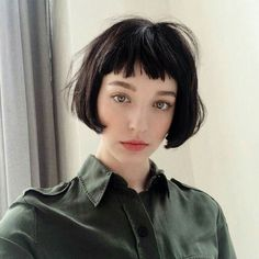 Short Bob Cut 2020 for Fine Hair Structured fine Short Bob Cut 2020 don't always look static. If the boxy hairstyle works best for your texture, add in Short Bob Cuts, Short Bob Haircuts, Short Hair Cuts, Hair Inspo, Hair Inspiration, Hairstyles With Bangs, Cool Hairstyles, Short Bangs, Hair Looks