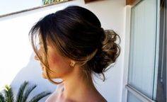 A Thassia Naves arrasa sempre!! Nos looks, makes e nos cabelos, quando abri minha pastinha inspiradora de cabelos ví que tinha muitos d...