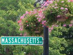 green in Harvard Square - MASSACHUSETTSav Wind World, York Pennsylvania, Welcome Home Parties, Harvard Square, Massachusetts Usa, Traffic Light, City Living, Cape Cod, East Coast