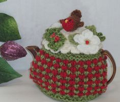 Robin redbreast hand knitted crocheted and beaded small 2 Knitted Christmas Decorations, Hand Knitting, Knitting Patterns, Knitted Tea Cosies, Robin Redbreast, Christmas Rose, Tea Cozy, Chunky Wool, Cozies