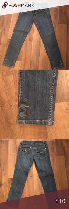 """Ankle/ cropped denim pants! Ankle cropped denim pants ! Size 3. Brand is """" Younique"""". younique Pants Ankle & Cropped"""