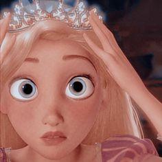 Tangled Cartoon, Princess Cartoon, Disney Princess Pictures, Disney Pictures, Disney Phone Wallpaper, Cartoon Wallpaper Iphone, Cute Cartoon Wallpapers, Disney Icons, Disney Art