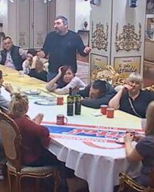 U rijalitiju Parovi, sinoć je bilo veoma zanimljivo, a Vladimir Tomović odlučio je da otkrije veliku tajnu učesnika.
