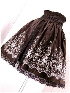 新品◆axes femme◆薔薇 パネル 刺繍 BACKスリット スカート_画像3