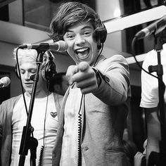 Harry Styles, why do you have to be so cute? Please, don't ever stop being cute! Thanks! :)