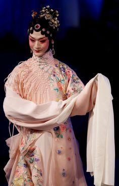 Guo Pei's Kun Opera Fashion Show