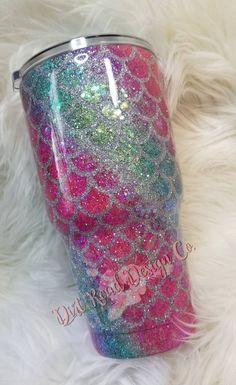 Glitter MERMAID SCALES, glitter tumbler, 2 glitter alternating swirl, Hand glittered scales, gifts f Mermaid Cup, Mermaid Glitter, Glitter Wine, Glitter Cups, Glitter Crafts, Glitter Letters, Green Glitter, Diy Tumblers, Custom Tumblers