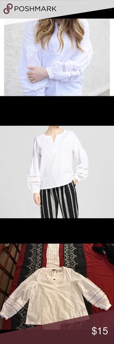 Puffy sleeve white blouse! 🌸🌸🌸 Puffy sleeve white blouse. These shirts are very popular this season!!! More details in photos🌺 Tops Blouses