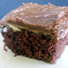 Peanut butter meltaway cake, it was so yummy! Pretty easy even with the cooked frosting. Made a very large cake. Sweet Recipes, Cake Recipes, Dessert Recipes, Dessert Ideas, Yummy Treats, Sweet Treats, Yummy Food, Vegetarian Cake, Peanut Butter Recipes