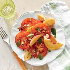 Tomato and Peach Salad with Almonds - Quick and Easy Side-Dish Recipes - Cooking Light Beet Recipes, Almond Recipes, Salad Recipes, Healthy Recipes, Recipies, Delicious Recipes, Vegetarian Recipes, Healthy Menu, Healthy Eating