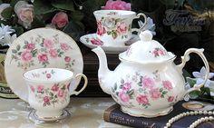 Vintage 1940 Collection Starter Tea Set