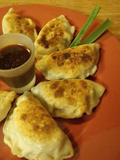 Vegetarian Peking Ravioli