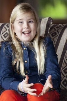 Princess Catherina-Amalia(9yrs old) is one signature away from becoming the Netherlands' first ever Princess of Orange, the title given to the heir of the throne, upon the abdication of her grandmother Queen Beatrix, set for 30 April 2013