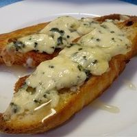 Parmesan-Blue Cheese Toasts with Green Onions by Recipe box