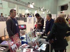 Il nostro banco al Pisa Book Festival 2014.