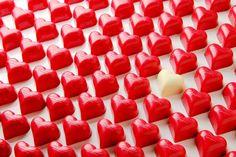 From Daskalidès with love! #daskalides #daskalidès #belgian #chocolate #chocolat #chocolade #cocoa #cacao #daskalides #ganache #sweet #praline #bonbon #belgium #belgian #belge #quality #chocolatier #love #hearts #chocoholic