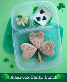 4 Simple  St. Patrick's Day  Bento Lunches:    I made St. Patrick's Day themed bento lunches all week for Eliana and thought I would share ...