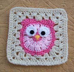 It's a Hoot pattern by Amanda Wheeldon Owl Granny Square How to crochet an Owl Granny Square for baby blankets and other projects So cute, could you imagine a whole blanket full of these squares, all different colored owls! Pattern available for sale on Owl Crochet Patterns, Granny Square Crochet Pattern, Crochet Blocks, Crochet Squares, Crochet Granny, Baby Blanket Crochet, Crochet Motif, Crochet Designs, Crochet Stitches