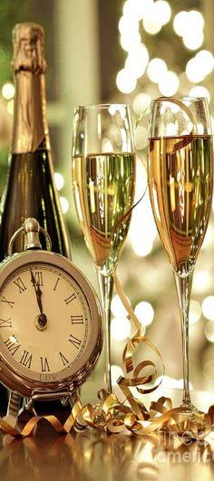 marisel@reflexiones.com: Brindo con vosostros por una año con más fiestas y...