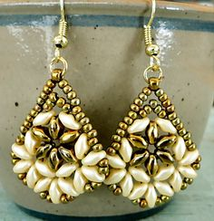 Linda's Crafty Inspirations: Bethany Earrings & Duo Kheops Set - Ivory & Gold