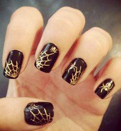 22 idées de nail art pour Halloween