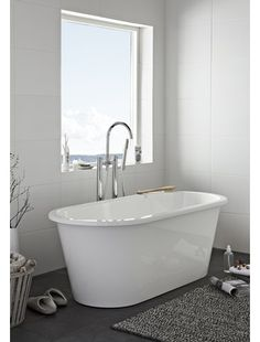 Badkar Hafa Original 160 Gjutmarmor Clawfoot Bathtub, The Originals, House, Inspiration, Bathrooms, Biblical Inspiration, Home, Bathroom, Full Bath