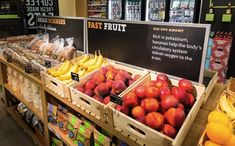 If convenience retailer 7-Eleven can merchandise fresh fruit in baskets, then surely many other retailers can too!! | '7-Eleven' Unveils Refreshed Logo And Store Design - DesignTAXI.com #visual #food #merchandising #retail