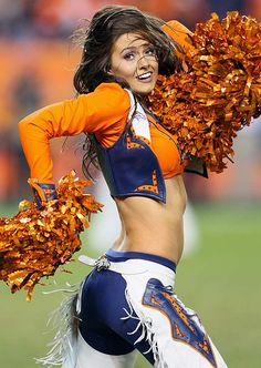 Denver Broncos Cheerleader. Totally making that for Halloween next year. Hopefully I can get a body like that by that time too!