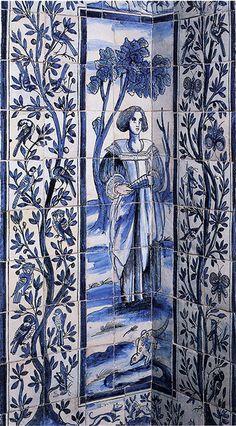 Azulejos du XVIIe siècle du palais Calheta de Lisbonne : arbre de vie, typique des azulejos portugais influencés par le commerce avec l'orient