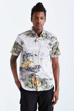 Stussy Bamboo Tiger Button-Down Shirt - Urban Outfitters