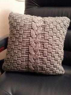 Ravelry: WillowDreamer's Cable Throw Pillow