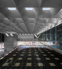 Museu dos Coches / Paulo Mendes da Rocha + MMBB Arquitetos + Bak Gordon Arquitectos. Image © Fernando Guerra | FG+SG