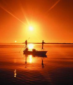 Google Image Result for http://www.fishkeywestguides.com/fishingreports/wp-content/uploads/2009/05/key-west-florida-flats-fishing2.jpg