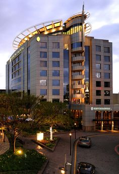 InterContinental Johannesburg O.R. Tambo Airport is a safe, easy walk from the international arrivals hall at Johannesburg's O.R. Tambo International Airport. #southafrica #johannesburg #travel