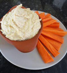 Slimming World Queen: Slimming World Snack - Hummus & Carrot sticks