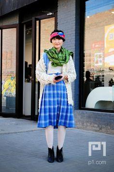 prints,blue skirt, green scarf