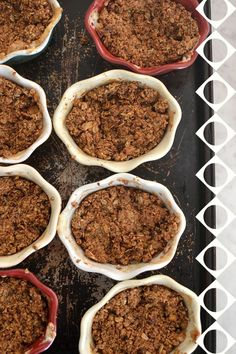 Breakfast Apple Crisps: healthy (and sugar free) - similar to my recipe but I like all the nuts in this one. Paleo Bars, Fun Baking Recipes, Baking With Kids, Gluten Free Breakfasts, Cleanse Recipes, Apple Crisp, Paleo Dessert, Healthy Treats, Healthy Foods