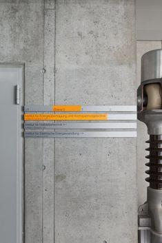 UEBELE ufficio // Istituto Elettrotecnico 2, Università di Stoccarda sistema di orientamento riprogettazione, Stuttgart-Vaihingen 2012