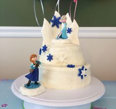 Frozen Cake---French vanilla cake dyed purple and blue with Wilton buttercream frosting and Wilton fondant