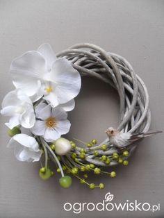 Diy Flower Crown, Diy Flowers, Easter Wreaths, Christmas Wreaths, Silk Flower Wreaths, Silk Floral Arrangements, Succulent Wreath, White Wreath, Wedding Wreaths