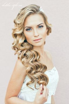 hair down wedding hairstyles, wedding hairstyles for long hair - hair down wavy wedding hairstyle Best Wedding Hairstyles, Down Hairstyles, Pretty Hairstyles, Prom Hairstyles, Hairstyle Ideas, Bridesmaid Hairstyles, Hairstyle Wedding, Romantic Hairstyles, Classy Hairstyles