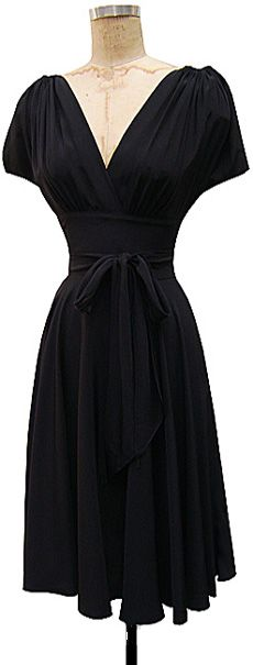 Love this - who wouldn't look good in this - it has such a flattering shape!