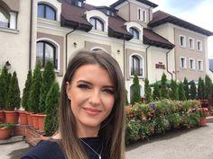 Astăzi filmăm la Brașov, la Hanul Domnesc! Tv, Television Set, Tvs, Television