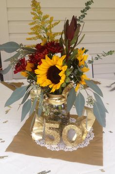 wedding anniversary centerpiece with pictures around each one 50th Wedding Anniversary Decorations, 60th Anniversary Parties, Anniversary Flowers, Golden Wedding Anniversary, Anniversary Ideas, Altar, Diy, 50th Birthday, Sister Birthday