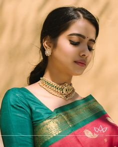 Indian Bridal Sarees, Indian Beauty Saree, Beautiful Saree, Beautiful Indian Actress, Beautiful Women, Indian Jewellery Design, Fancy Jewellery, Antique Jewellery, Saree Photoshoot