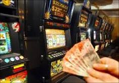 Online pokies are a huge hit with Australians and at the casinos we recommend you'll have access to several hundred different styles of games. #onlinepokiescasinos